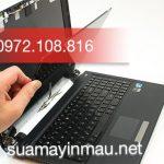 Thay màn hình laptop Toshiba nhanh giá rẻ tại Hà Nội.